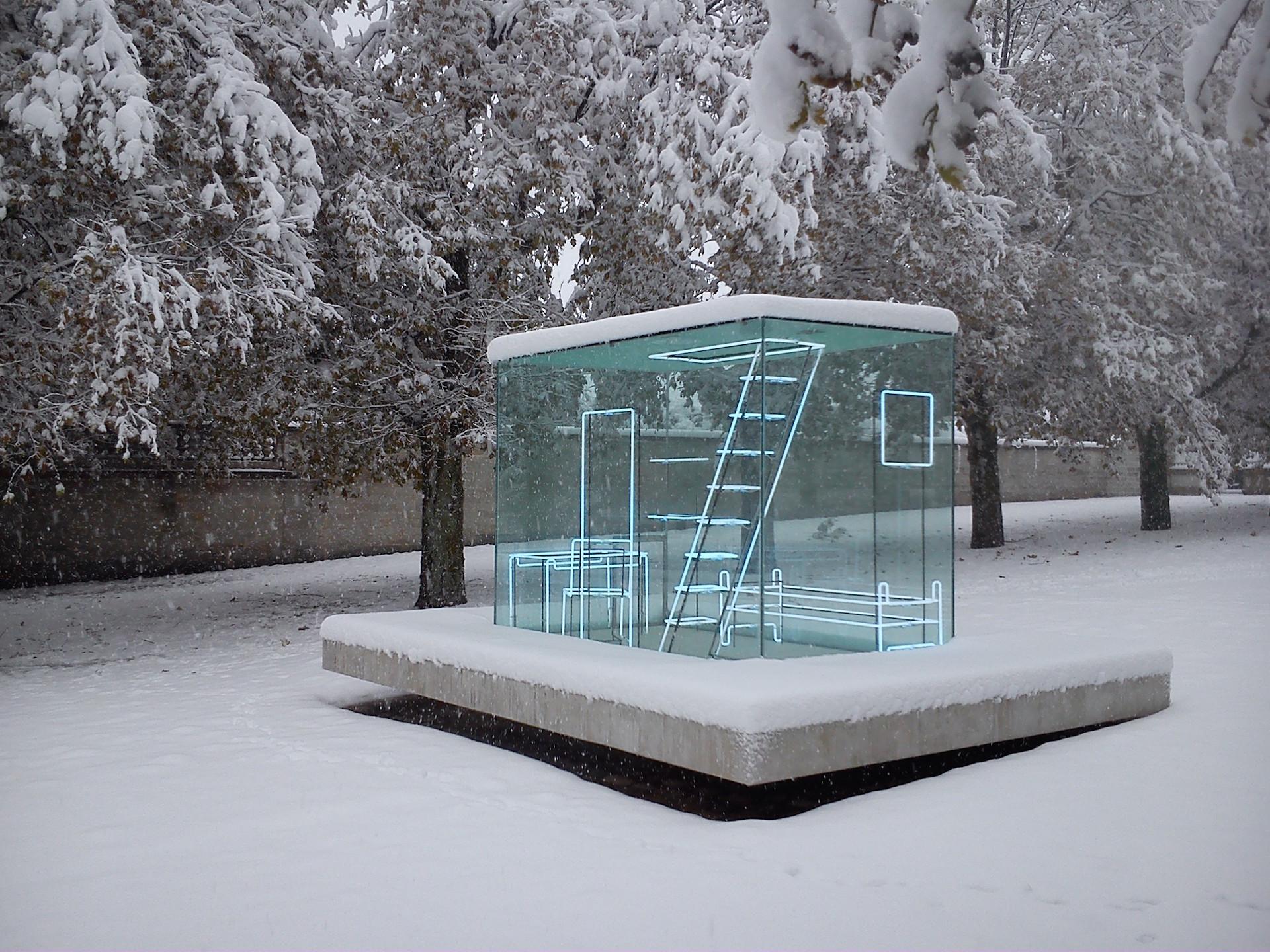 Gimme shelter by Nathalie Talec, photo Hélène Aulagner