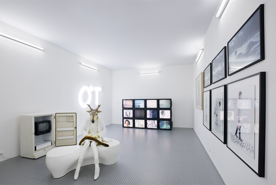 MAC VAL, exhibition view, photo Martin Argyroglo / MacVal